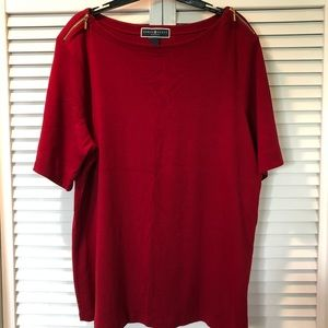 Red short sleeve top with gold shoulder zippers